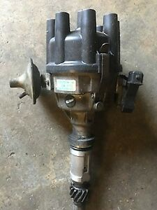 RANGE ROVER CLASSIC 1990 V8 AUTO DISTRIBUTOR USED 350LMB LUCAS 42576D1699