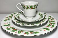 4PC Fine China Pearl Noel Holly Berry Christmas Place Setting (7 Available) EXC