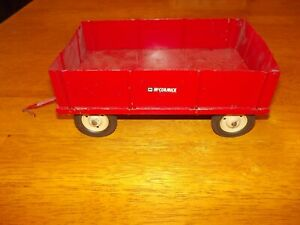 McCormick IH Red Barge Wagon Carter white steel rims VINTAGE Toy 1/16