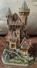 David Winter Limited Edition Guardian Castle 1993 Original Box. No 392/8490. COA