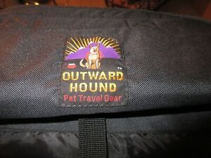 Outward Hound Pet Traveler Dog Carrier for Medium Size Dog