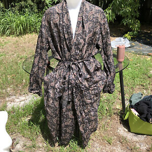Vintage Volare 100% Silk Kimono Robe One Size Unisex Black Paisley House Coat