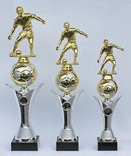 3er Serie Pokale Fußball mit Figur inkl.Gravur und Emblem - auch mit Damenfigur