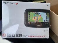 TomTom Rider 550 Premium Pack  WiFi vorinstallierten Routen Sonderzielen Welt