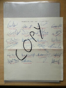 Original autographs of the English WC winners 1966