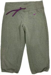 Nike Sz S Green Capri Length Athletic Pants Pull On Elastic Waist Casual Womens