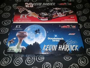 Kevin Harvick ET 2002 Monte Carlo GM Goodwrench Service 29 Red Blue Car Lot 1 24