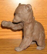 Ton Bär Terrakotta Tatze erhoben Keramik - ohne Bodenmarke Kunstwerk Bärenkind