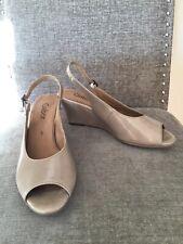 Gabor Beige Patent Leather Wedge Sandals Size Uk 5 Eu 38