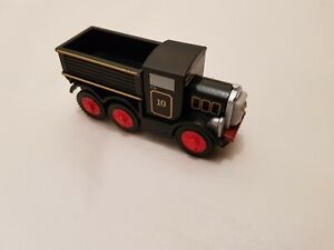 Thomas The Tank Engine & Friends WOODEN NELSON THE TRUCK WOOD COMBI P&P