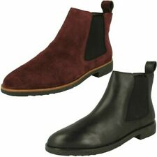Ladies Clarks Chelsea Boots 'Griffin Plaza'