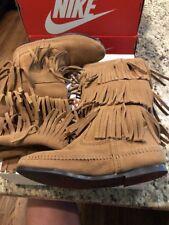 Minnetonka Womens 3 Layer Fringe Boot Taupe Suede 1637T Size 6 NIB