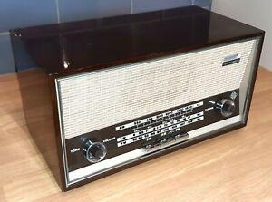 Stylish Quality 1960's Telefunken Jubilate 105 Vintage Radio In Nice Condition