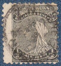 NEW ZEALAND 1/2 Black  (B552) Good Used