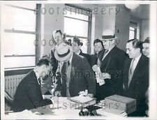 1936 WWI Veterans Line Up For Bonus Payment Applications Press Photo