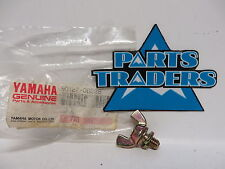 NOS Yamaha Snowmobile Drive Guard Wing Bolt CS340 ET410 Enticer Ovation
