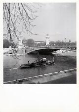 Barge péniche. Seine, Paris 1950. Photo. M368