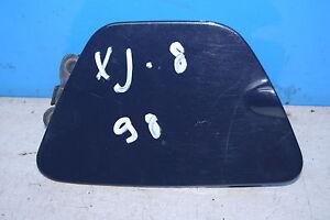 Jaguar XJ 8 4.0 Fuel Tank Cap Flap Colour Code: Jhg