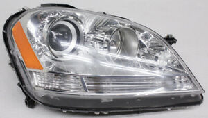 OEM Mercedes-Benz ML-Class Right Passenger Side Halogen Headlamp 164-820-38-61