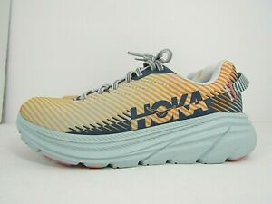 WOMEN'S HOKA ONE RINCON 2 size 7  ! RUNNING SHOES ! WORN LESS THAN 10 MILES!