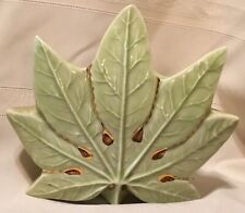 VINTAGE POTTERY # 925 GREEN W/ GOLD ACCENT LEAF WALL POCKET VASE