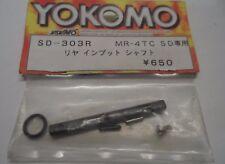 Nouveau Yokomo SD-303R MR-4 TC SD arrière arbre d'entrée Pièce De Rechange Nouveau Stock Ancien