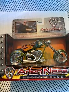 Arlen Ness Motorcycle 1/18 Scale Die-Cast Replica