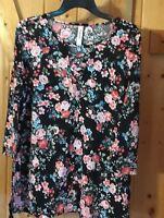 Medium Bobbie Brooks,  Boutique  Pull Over Shirt, tunic Top Blouse