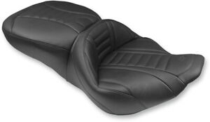 Mustang Deluxe Super Touring Seat (76738)