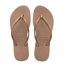 Sandali e scarpe infraditi slim beigi per il mare da donna
