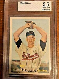 1957 Topps Baseball Card #106 Ray Moore BVG 5.5