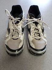 """Mizuno """"Wave Bolt 2"""" white and black vollyball shoes. Women's 9 (eur 40)"""