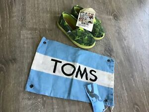 Toms tiny classics green animal camo slip on toddler boys girls 7 NEW