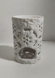 Bath & Body Works Fragrance Oil Wax Melt Tart Warmer Ceramic White Snowflakes