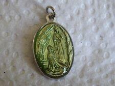 Médaille Religious Italy Lourdes Grotto Maria Resin MR 243