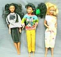 Lot of 3 BARBIE DOLLS with clothes 1966 to 1980 vintage good condition