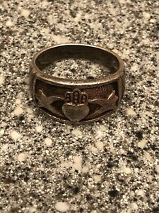 Vintage Sterling Heart in Hand Odd Fellows Ring