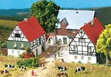 12257 Auhagen HO Kit of a Farm with 3 buildings - NEW*