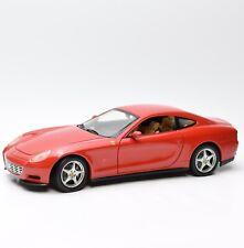 Hot Wheels Ferrari 612 Scaglietti Sportwagen in rot lackiert, 1:18, OVP, K021