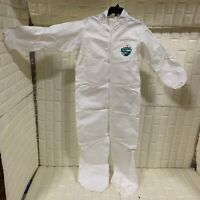 Protective Clothing Protective Suit Breathable Splash Resistant PPE HBF417 1piec