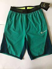 NIKE AEROSWIFT   Basketball shorts size Large DRI - FIT
