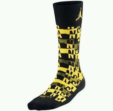 Men's Nike Jordan Socks Striped Size 6-8 Black Yellow NWT