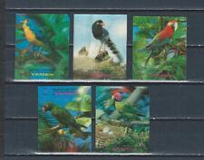 Middle East Yemen mint 3-D stamps - birds - parrot