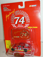 #74 JOHNNY BENSON LIPTON 1995 BUSCH CHAMP MADALLION 1995 RACING CHAMPIONS 1/64
