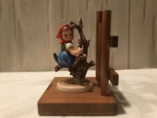 HUMMEL GOEBEL 252/A APPLE TREE GIRL WITH BASE AND FENCE BOOKEND