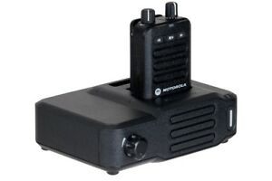 NEW*OEM MOTOROLA MINITOR VI 6 AMPLIFIED PAGER CHARGER  RLN6506 w/ ANTENNA