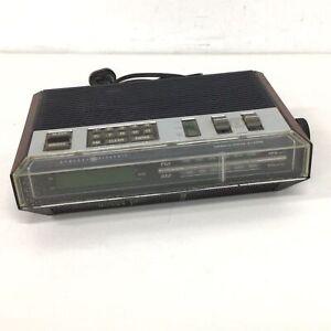Vintage General Electric Clock Radio Model EA7-4800A #413