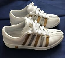 K SWISS WHITE TRAINERS SILVER & GOLD STRIPES