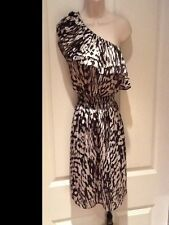 WOMENS DRESS BODY CENTRAL 1 SHOULDER SIZE MED.