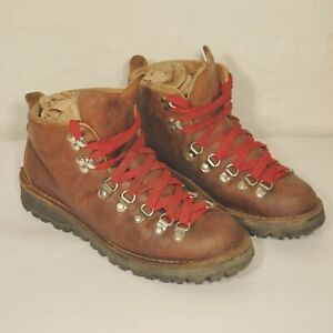 {Pre}Loved DANNER Mountain Light Cascade HIKING BOOT Women's Size 9.5 USA